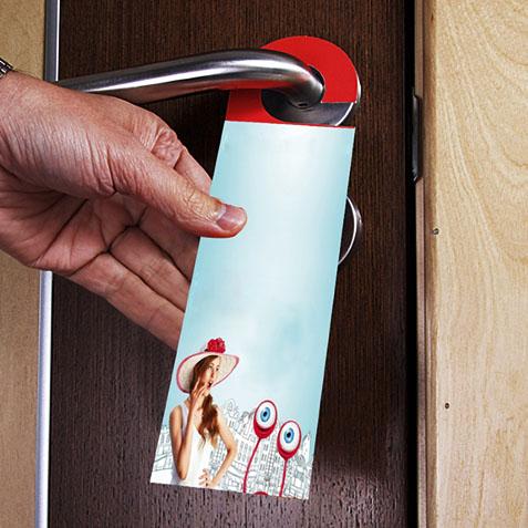 фото реклама на ручках двери